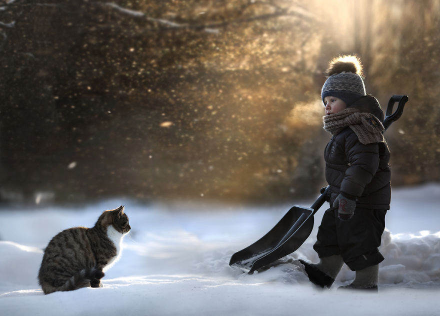 http://photopoint.com.ua/wp-content/uploads/2014/01/animal-children-photography-elena-shumilova-5.jpg