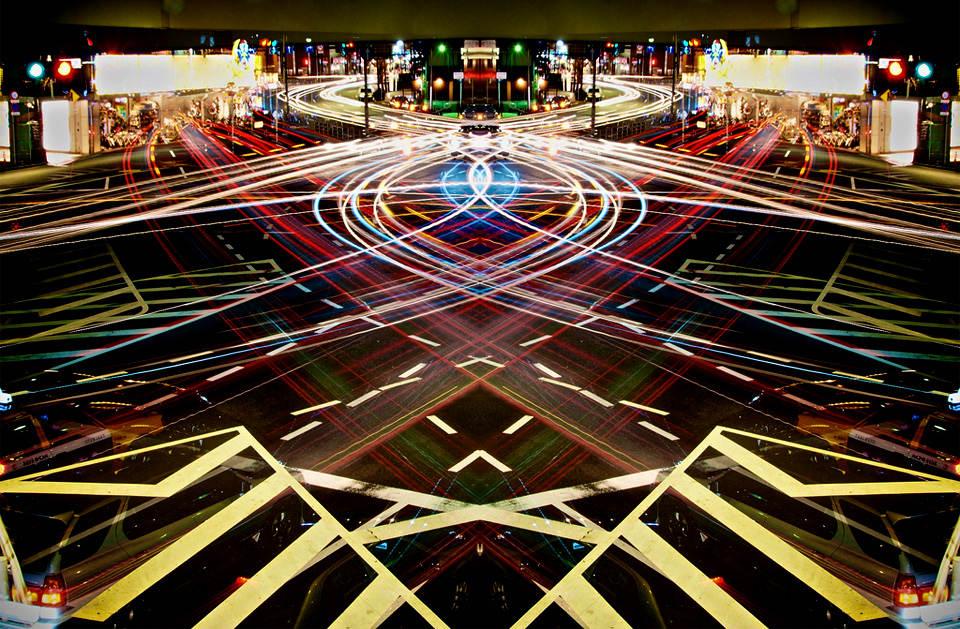 light-trails-of-speed-tokyo