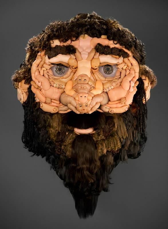 Скульптуры из кукол 4