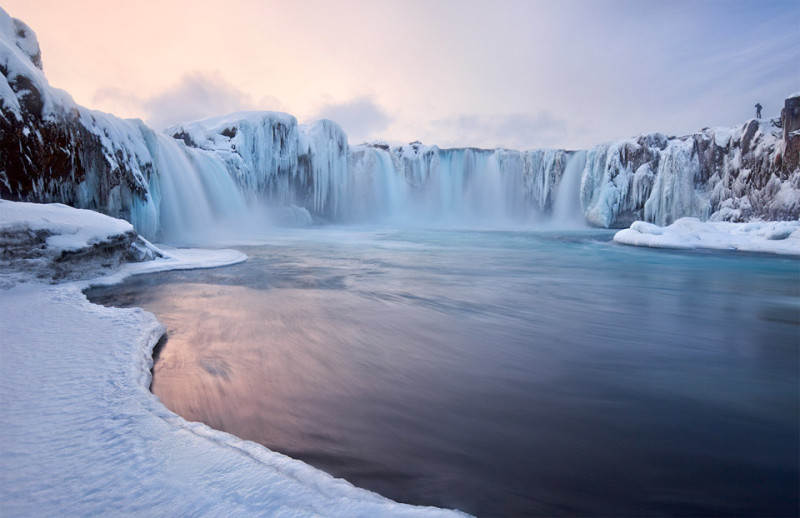 godafoss-falls-iceland