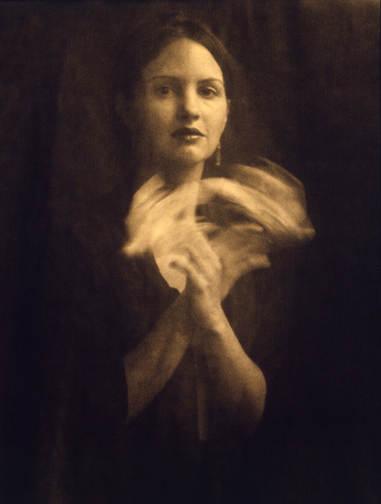 Женщина фотограф