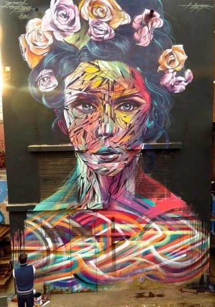 Яркий портрет в Касабланке, Марокко. Художник Hopare