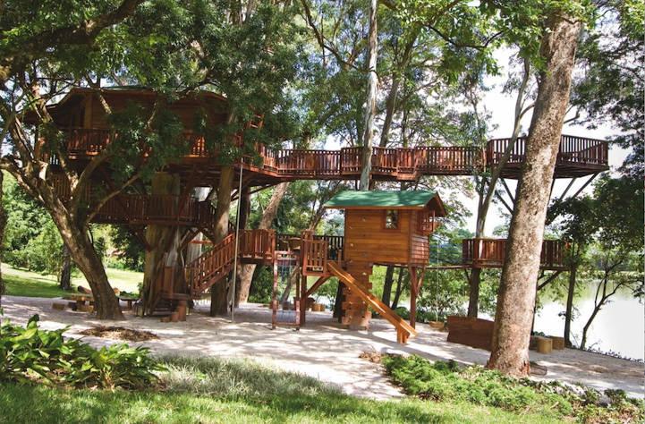 Многоуровневый комфортный домик на дереве в Сан-Паулу, Бразилия