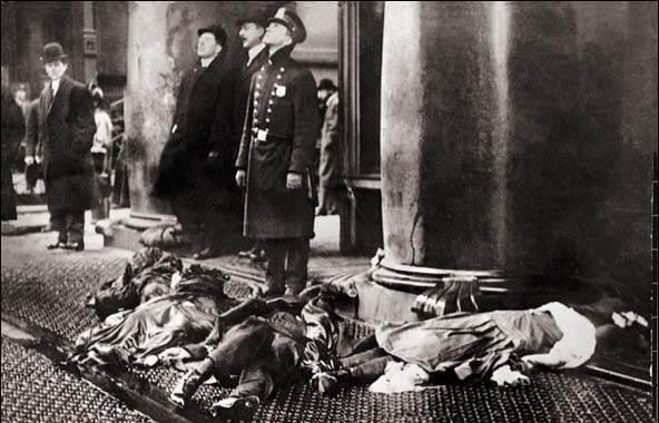 Фотография Пожара на фабрике «Трайангл», 1911 год