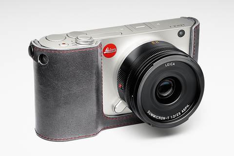Беззеркальный фотоаппарат Leica T