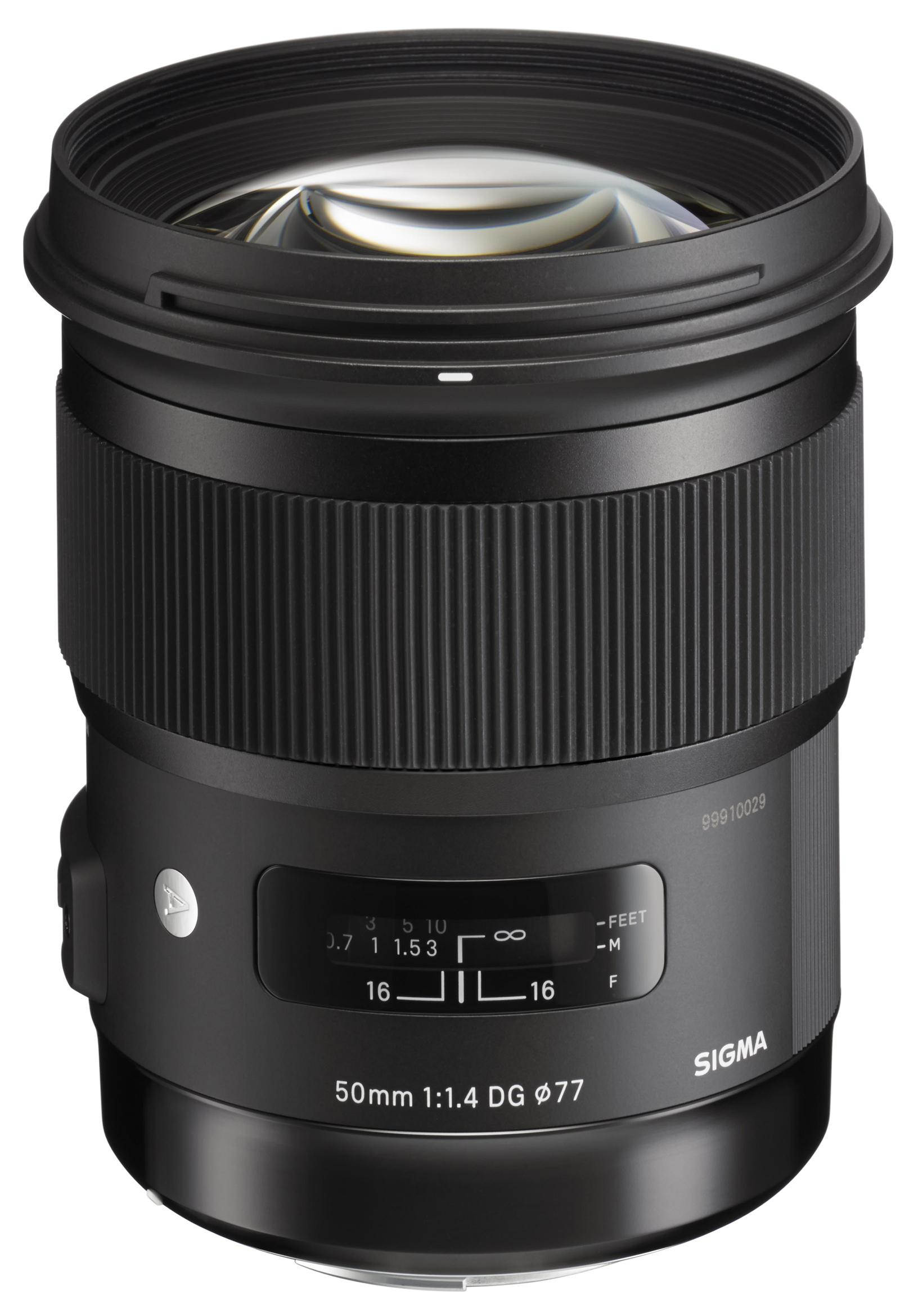 Светосильный объектив Sigma 50 мм F1.4 DG HSM