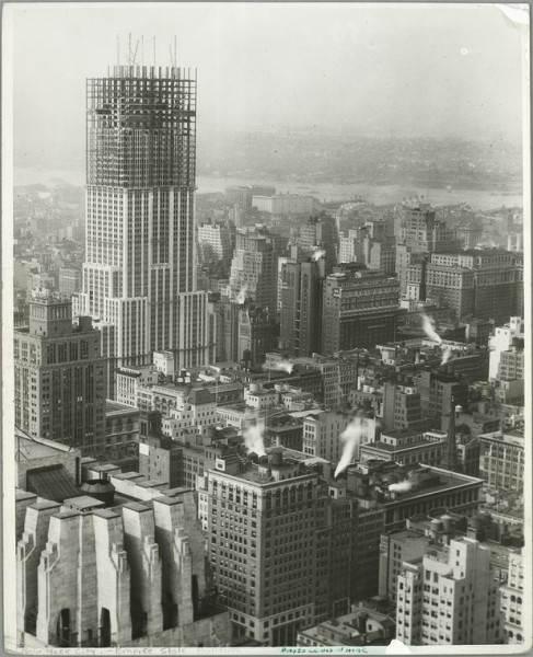 Фотография строящегося Эмпайр-стейт-билдинг (Empire State Building), 1931 год