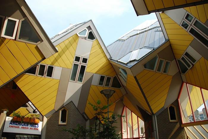 Кубические дома в Нидерландах, разработанные архитектором Piet Blom