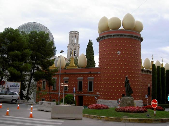 Торре Галатея (Фигерас, Испания)