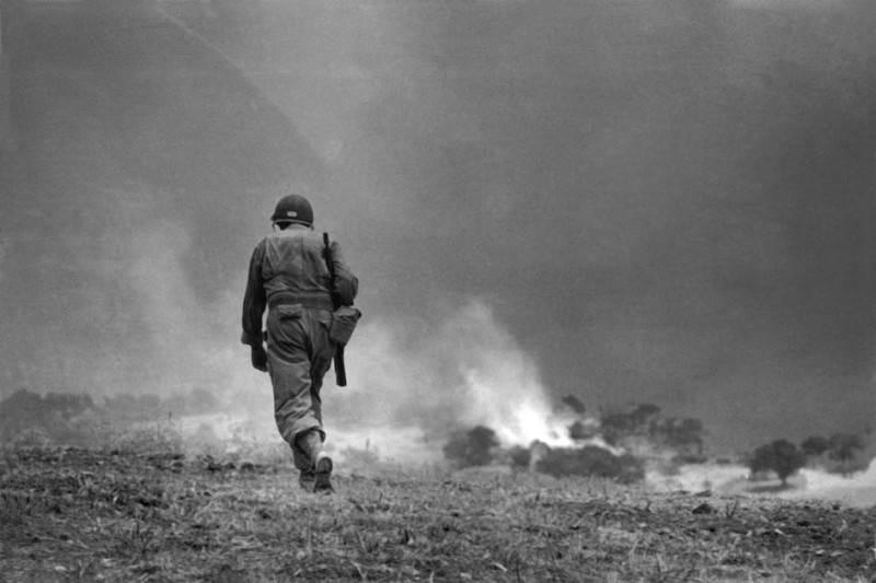 Величайший военный фотограф Роберт Капа 15
