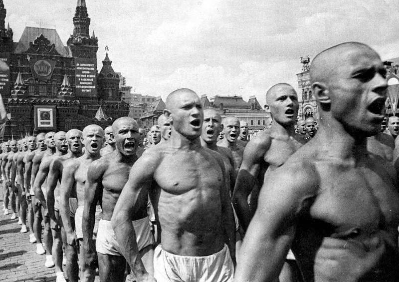 Фотография колоны Всесоюзного парада физкультурников на Красной площади, 1937