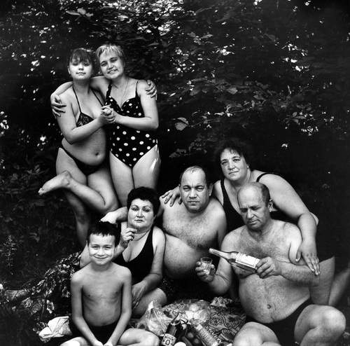 Николай Бахарев и фотопроект Отношение 19