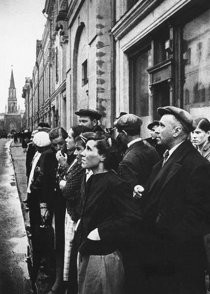 10 величайших советских фотографов - Евгений Халдей 2