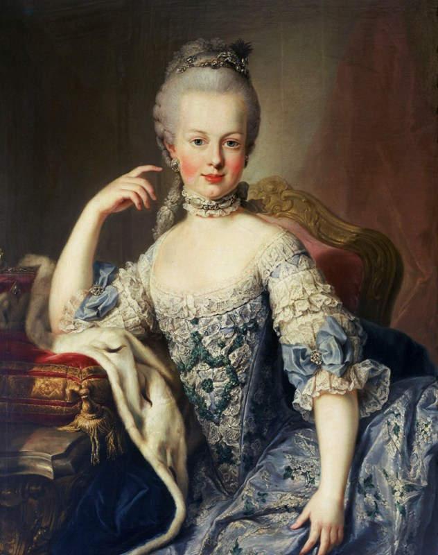 Эволюция женской красоты. Странные тенденции Бледная кожа Мария Антуанетта
