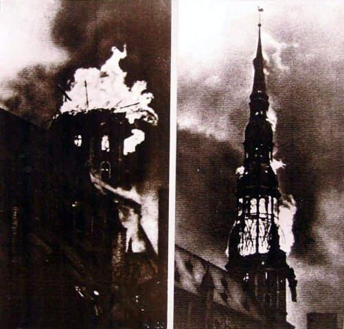 История в фотографиях (1940 - 1941). Фотография Вилиса Ридзениекса «Горящая колокольня церкви Св. Петра. 29 июня 1941 года», 1941 год