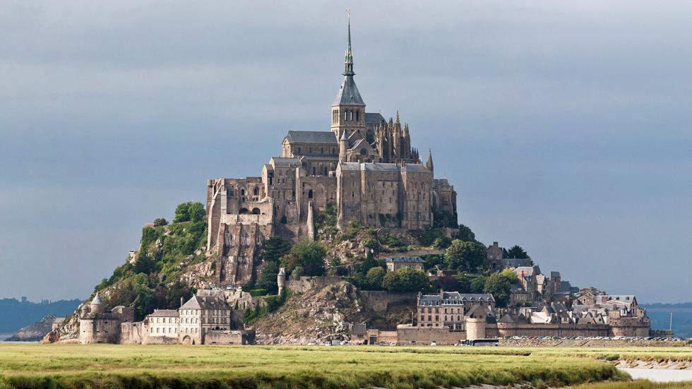 Замок на скале во Франции Сказка созданная природой. Самые красивые места планеты 7