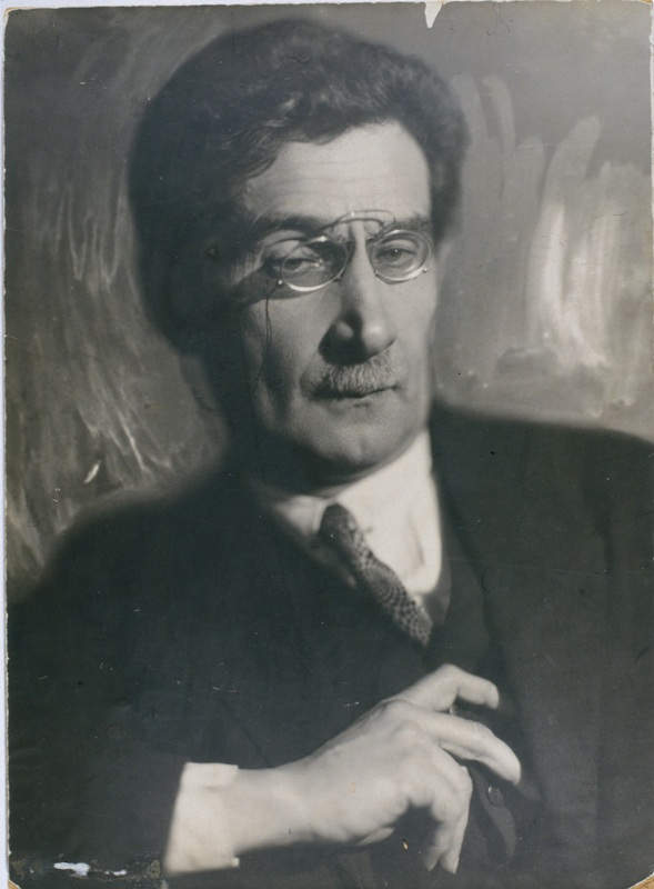 Литературовед Пётр Коган. Фото: Моисей Наппельбаум (1925 г.)