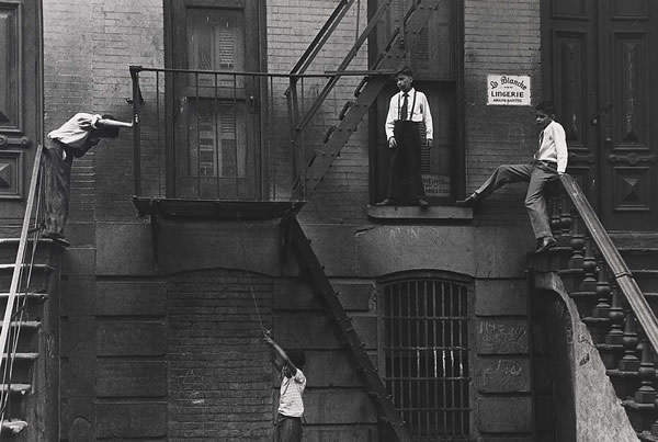 Потрясающие черно-белые фотографии Roy DeCarava