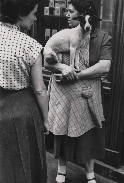 Потрясающие черно-белые фотографии Elliott Erwitt