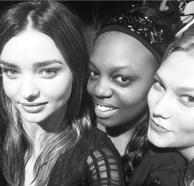 selfie Miranda Kerr  селфи миранда кэрр