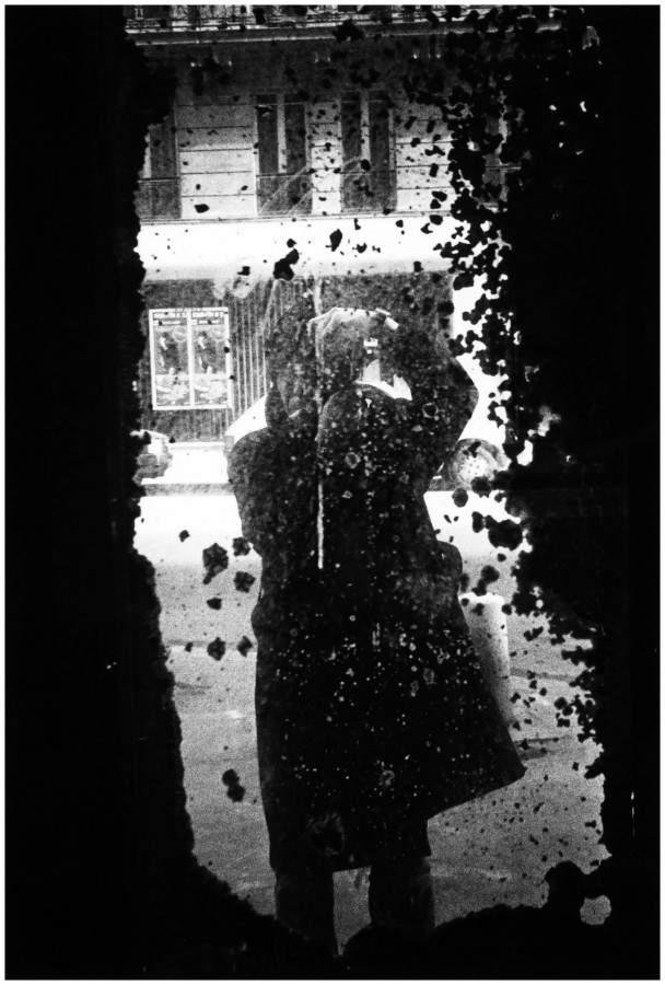 Дайдо Морияма (Daido Moriyama) – известный японский фотограф 11