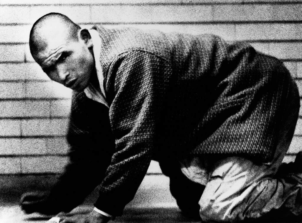 Дайдо Морияма (Daido Moriyama) – известный японский фотограф 15