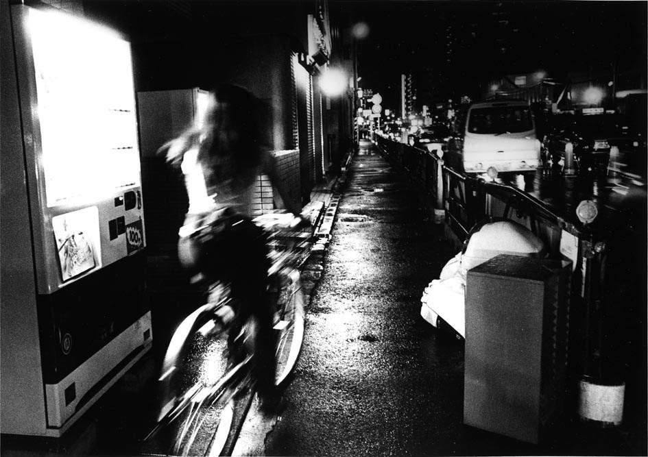 Дайдо Морияма (Daido Moriyama) – известный японский фотограф 4