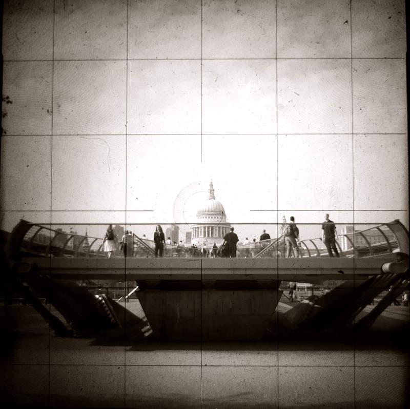 Дэйв Хакер (Dave Hacker) – британский современный фотограф 14