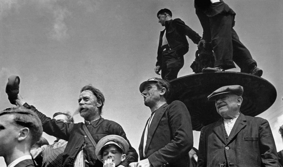Как стать Величайшим Уличным фотографом 8 советов от Роберта Капы (Robert Capa) 27
