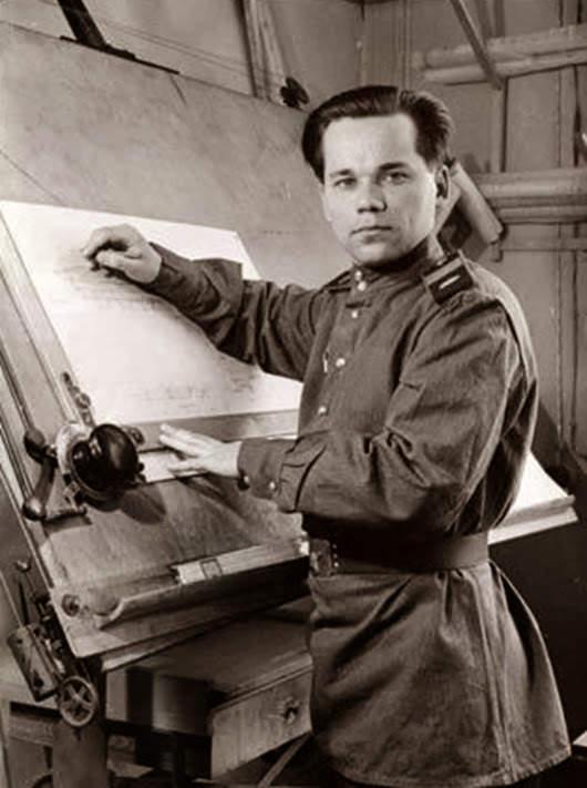 Фотография Михаила Калашникова, 1949 год