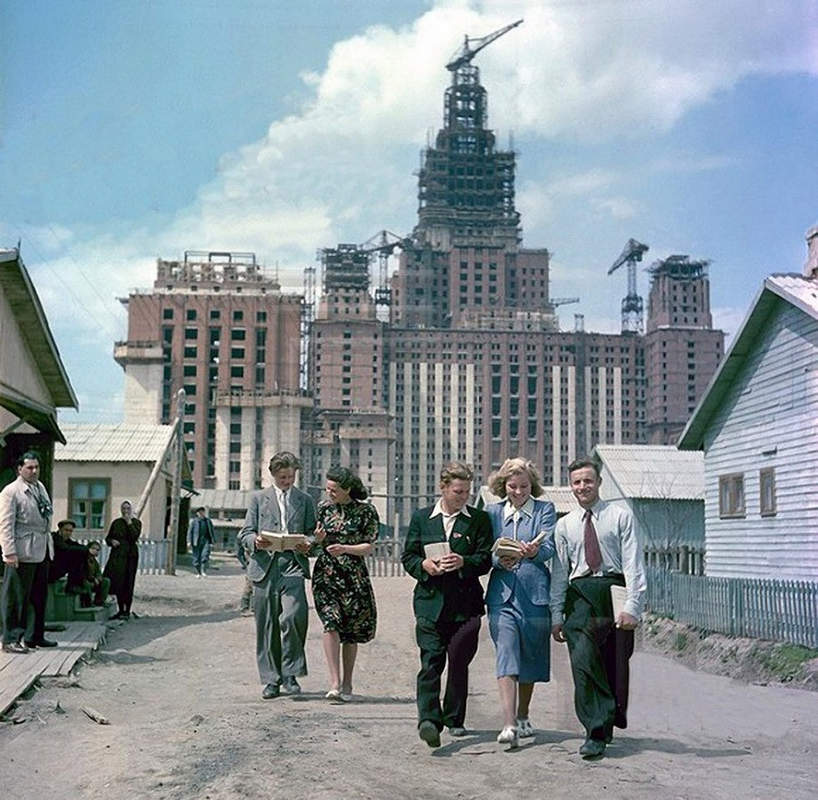 Фотография панорамы Московского государственного университета им. М. Ломоносова, 1949 год