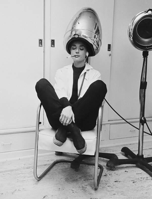 История в фотографиях (1950-1953) Фотография Одри Хепберн, 1953 год