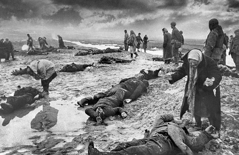 История в фотографиях Фотография Бальтерманца Горе 1942 год