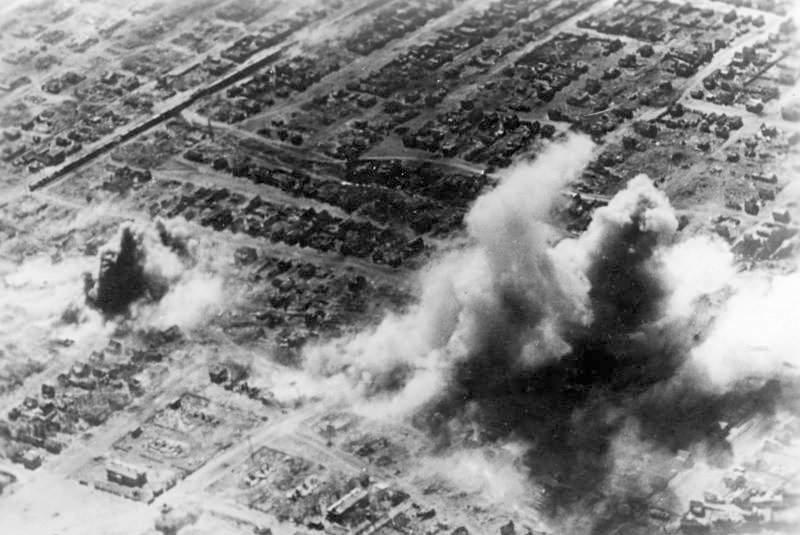 История в фотографиях Фотография штурма Сталинграда 1942 год