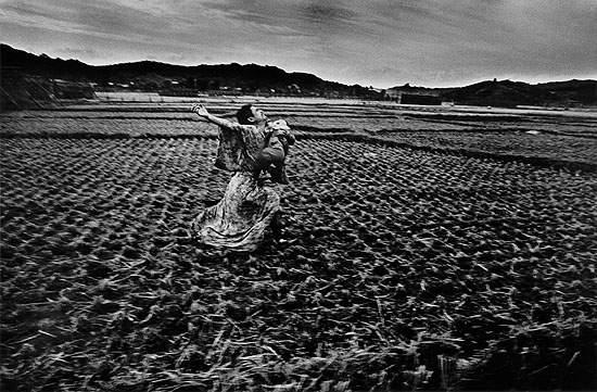 Пионер японской фотографии Эйко Хосоэ Eikoh Hosoe 21