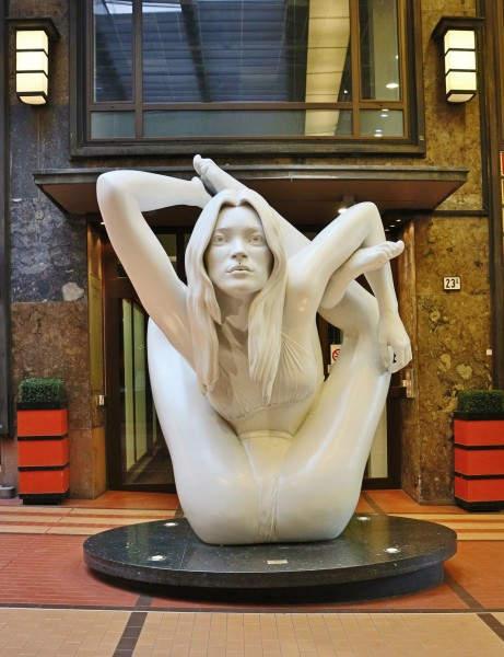 Провокационные скульптуры Марк Куинн (Marc Quinn) 14