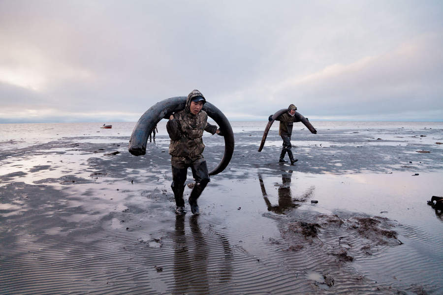 Евгения Арбугаева (Evgenia Arbugaeva) и Mammoth hunters 5