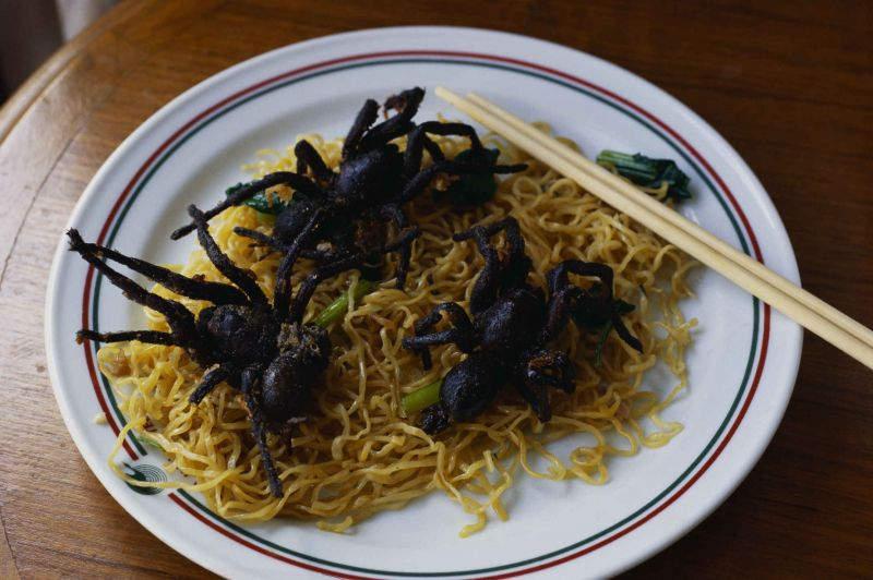 Самые необычные блюда Жареные тарантулы