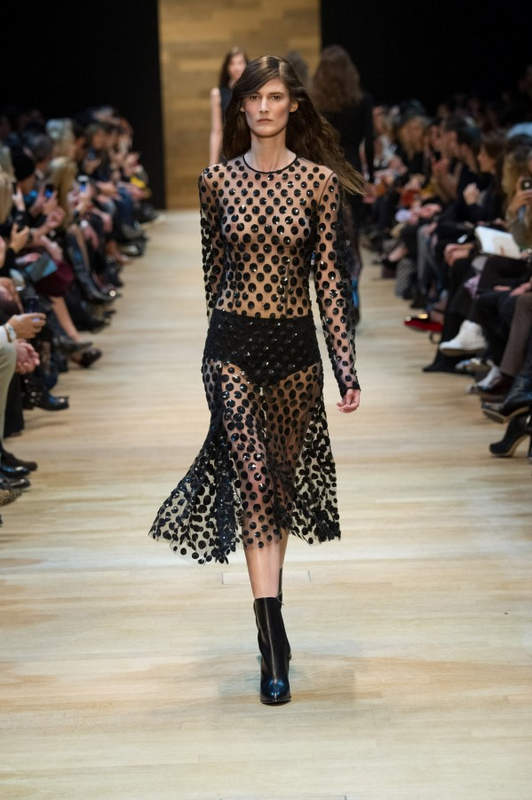 Pixelformula  Womenswear  Winter 2014 - 2015 Ready To Wear  Paris Guy Laroche