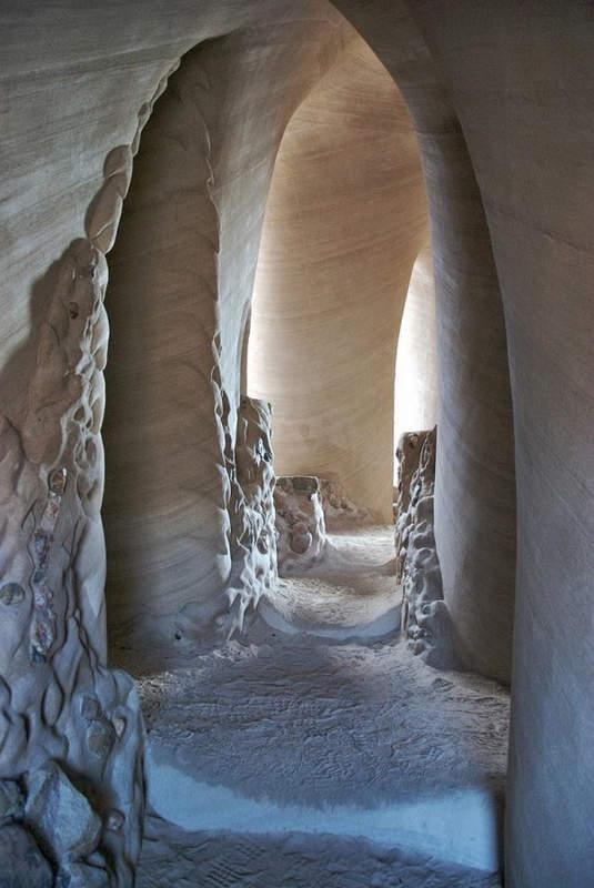 Пещеры Ра Паулетт (Ra Paulette) 10 самых невероятных строений, созданных одним человеком