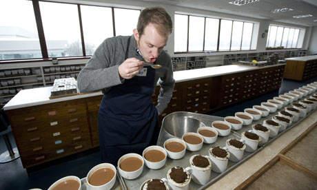ТОП-10 самых необычных профессий Дегустатор чая