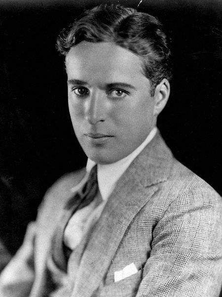 Топ-10 величайших звёзд кино Чарльз Чаплин (Charlie Chaplin)
