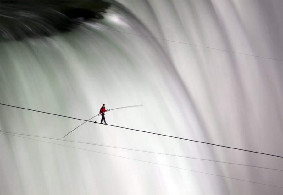 Переход через Ниагарский водопад