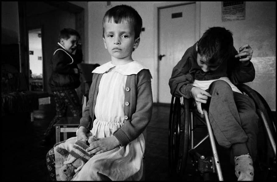 «Последствия радиации на Чернобыле, 1997-2000» Пола Фуско (Paul Fusco) 17