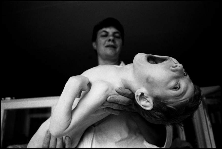 «Последствия радиации на Чернобыле, 1997-2000» Пола Фуско (Paul Fusco) 18