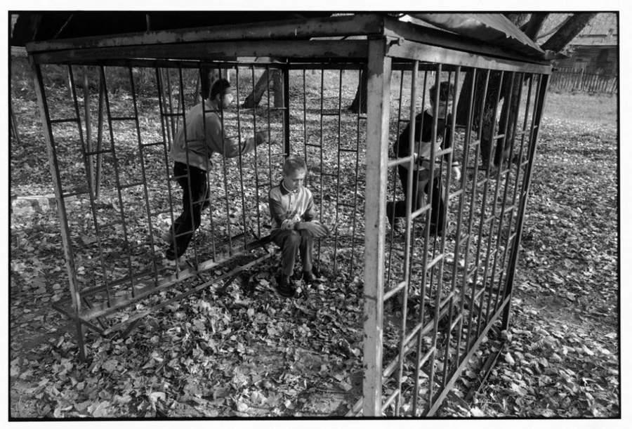 «Последствия радиации на Чернобыле, 1997-2000» Пола Фуско (Paul Fusco) 32