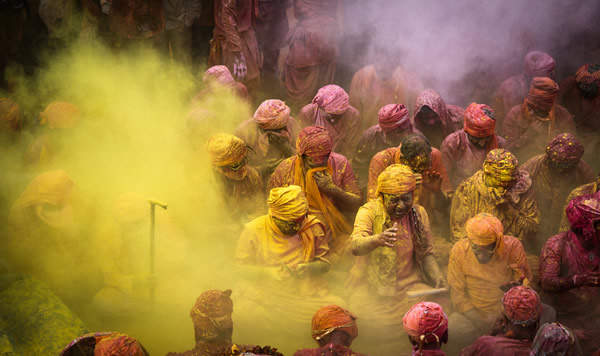 Фестиваль красок - Холи