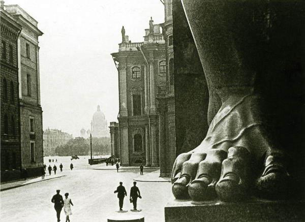 Пионер советской фотожурналистики Борис Игнатович  230