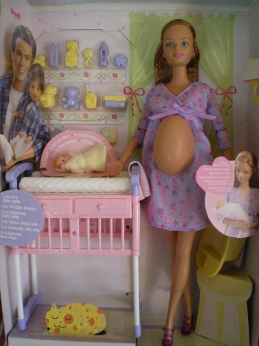 Самые странные куклы Barbie. Топ-10