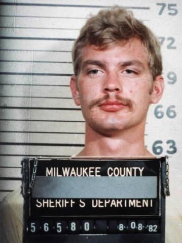 Самые ужасные серийные убийцы всех времен Джеффри Лайонел Дамер (Jeffrey Lionel Dahmer)